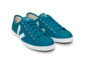 VEJA-TAUA-LEATHER-SWEDISH-BLUE_FRENTE_OBLIQUO