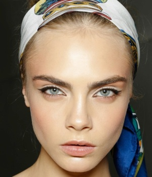 beauty-trend-summer-2013-eye-brow-shape